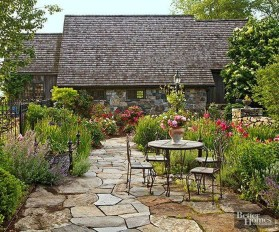 Beautiful Cottage Garden Ideas For Outdoor Space 17