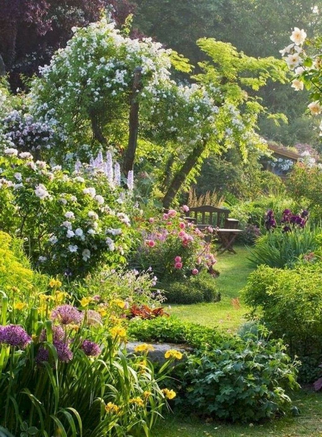 Beautiful Cottage Garden Ideas For Outdoor Space 34