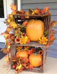 Beautiful Fall Porch Decor Ideas That Looks Modern 02