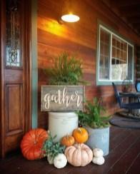 Beautiful Fall Porch Decor Ideas That Looks Modern 22