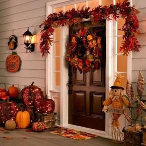 Beautiful Fall Porch Decor Ideas That Looks Modern 32