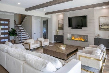 Casual Living Room Wall Decor Ideas That Looks Cool 24