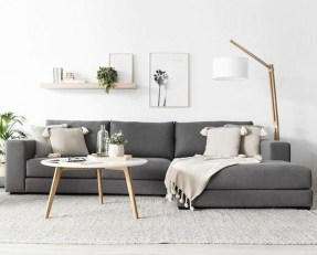 Casual Living Room Wall Decor Ideas That Looks Cool 25