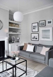 Casual Living Room Wall Decor Ideas That Looks Cool 32