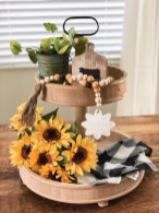 Elegant Summer Farmhouse Decor Ideas For Home 09