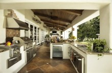 Extraordinary Mediterranean Patio Design Ideas To Try Now 21