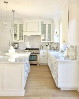 Fancy White Kitchen Cabinets Ideas To Try Asap 12
