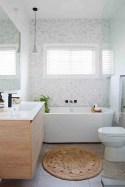 Marvelous Bathroom Design Ideas With Small Tubs 26