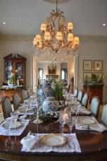Unusual Traditional Dining Room Design Ideas That Looks Elegant 21