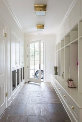 Delightful Mudroom Storage Design Ideas To Have Soon35