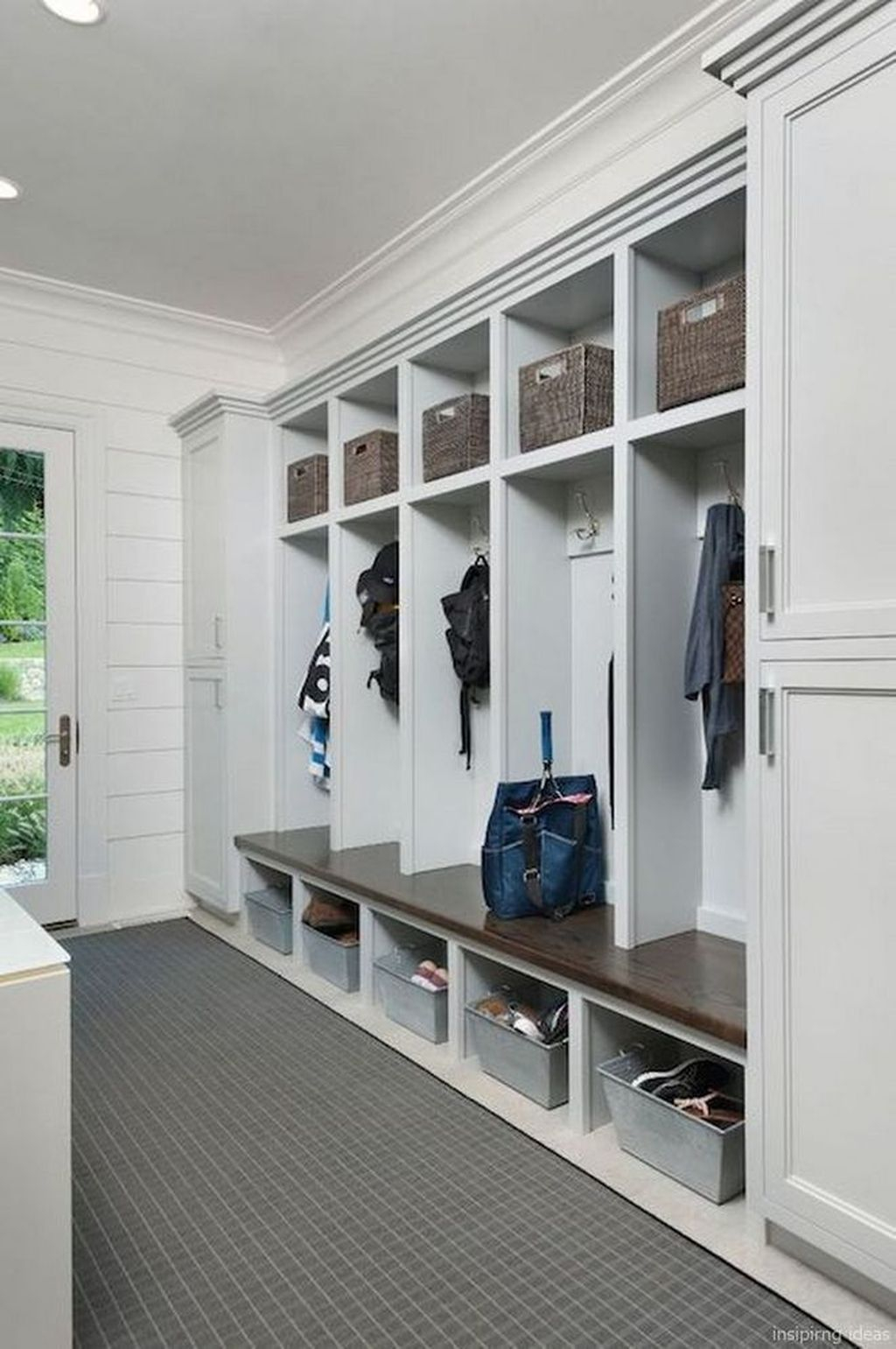 Delightful Mudroom Storage Design Ideas To Have Soon38