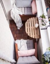 Impressive Fall Apartment Balcony Decorating Ideas To Try01