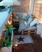 Impressive Fall Apartment Balcony Decorating Ideas To Try08