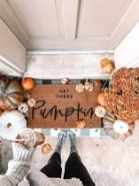 Unique Halloween Porch Ideas On A Budget37
