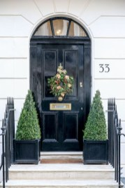 Wonderful Interior And Exterior Atmosphere Ideas For Christmas Décor To Copy14