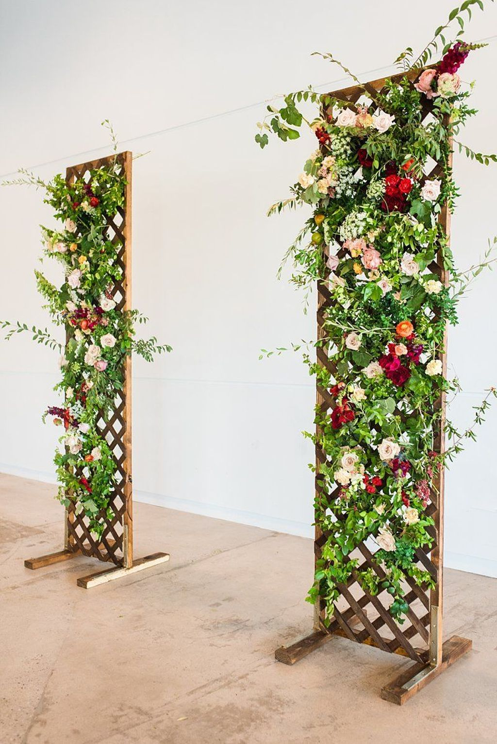Attractive Summer Wedding Decor For Outdoor Ideas To Try Asap 26