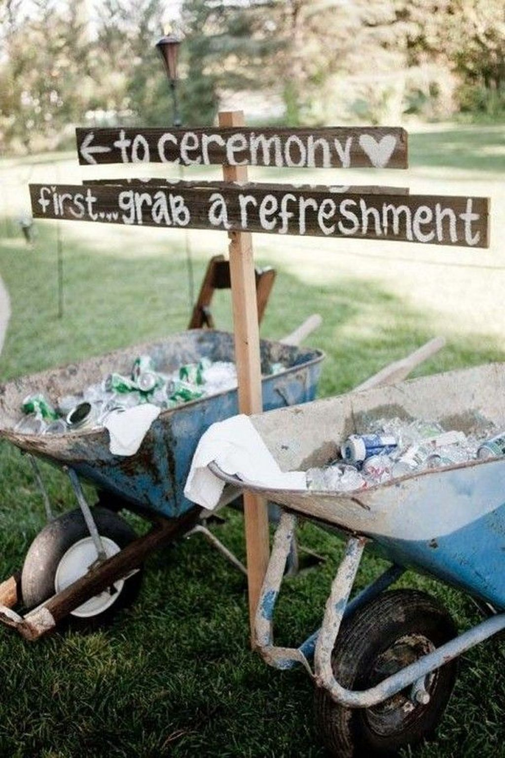 Attractive Summer Wedding Decor For Outdoor Ideas To Try Asap 33
