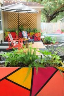 Chic Summer Planter Design Ideas For Summer Outdoor Pool 32