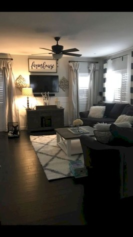 Comfy Farmhouse Living Room Decor Ideas That Make You Feel In Village 41