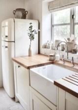Cozy Farmhouse Home Decor Ideas To Get A Past Impression 10