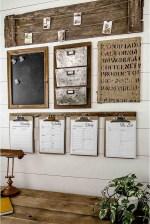 Cozy Farmhouse Home Decor Ideas To Get A Past Impression 23