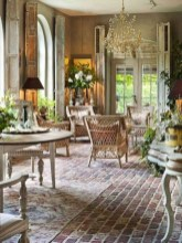 Dreamy French Home Decoration Ideas To Try In Your Home 09