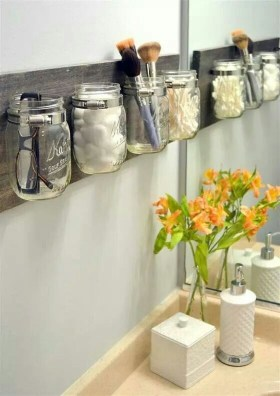 Impressive Bathroom Organization Ideas For Your First Apartment In College 24