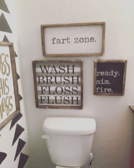 Impressive Bathroom Organization Ideas For Your First Apartment In College 32
