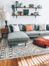 Lovely Living Room Decor Ideas That Cozy And Chic 23