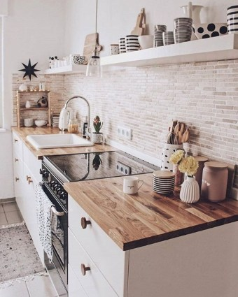 Outstanding Kitchen Decor Ideas To Update Your Home 26