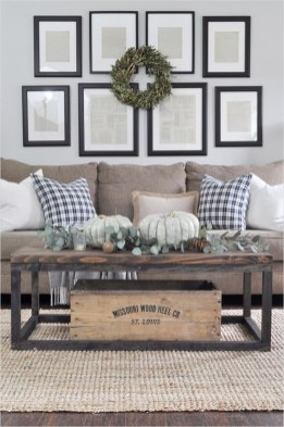Popular Farmhouse Living Room Makeover Decor Ideas To Have Now 07