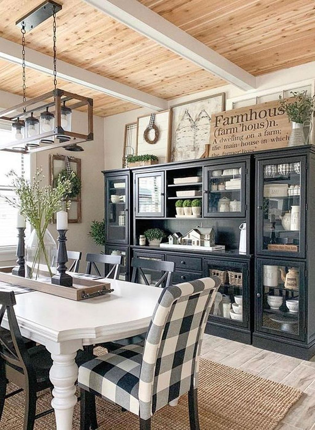 Rustic Farmhouse Furniture Design Ideas For Living Room 19