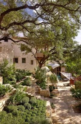Awesome Mediterranean Garden Design Ideas For Your Backyard 07