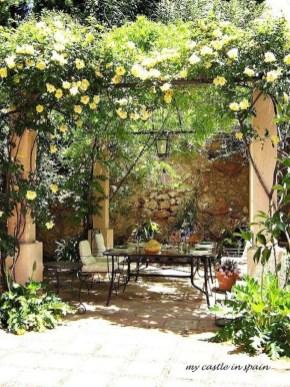Awesome Mediterranean Garden Design Ideas For Your Backyard 15