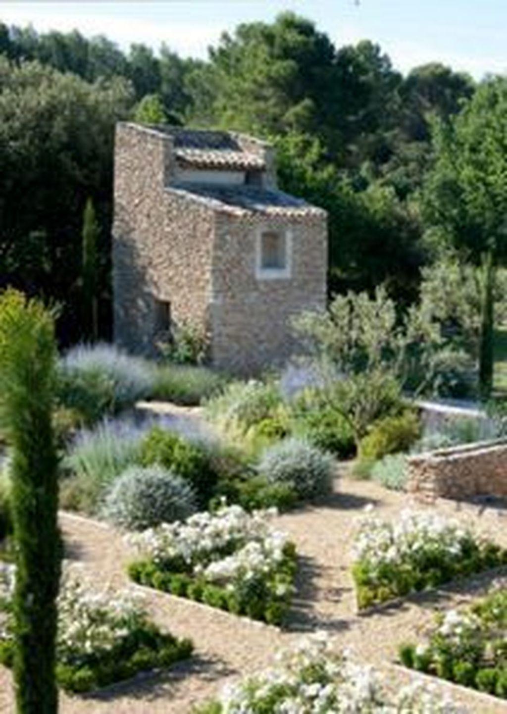 Awesome Mediterranean Garden Design Ideas For Your Backyard 29