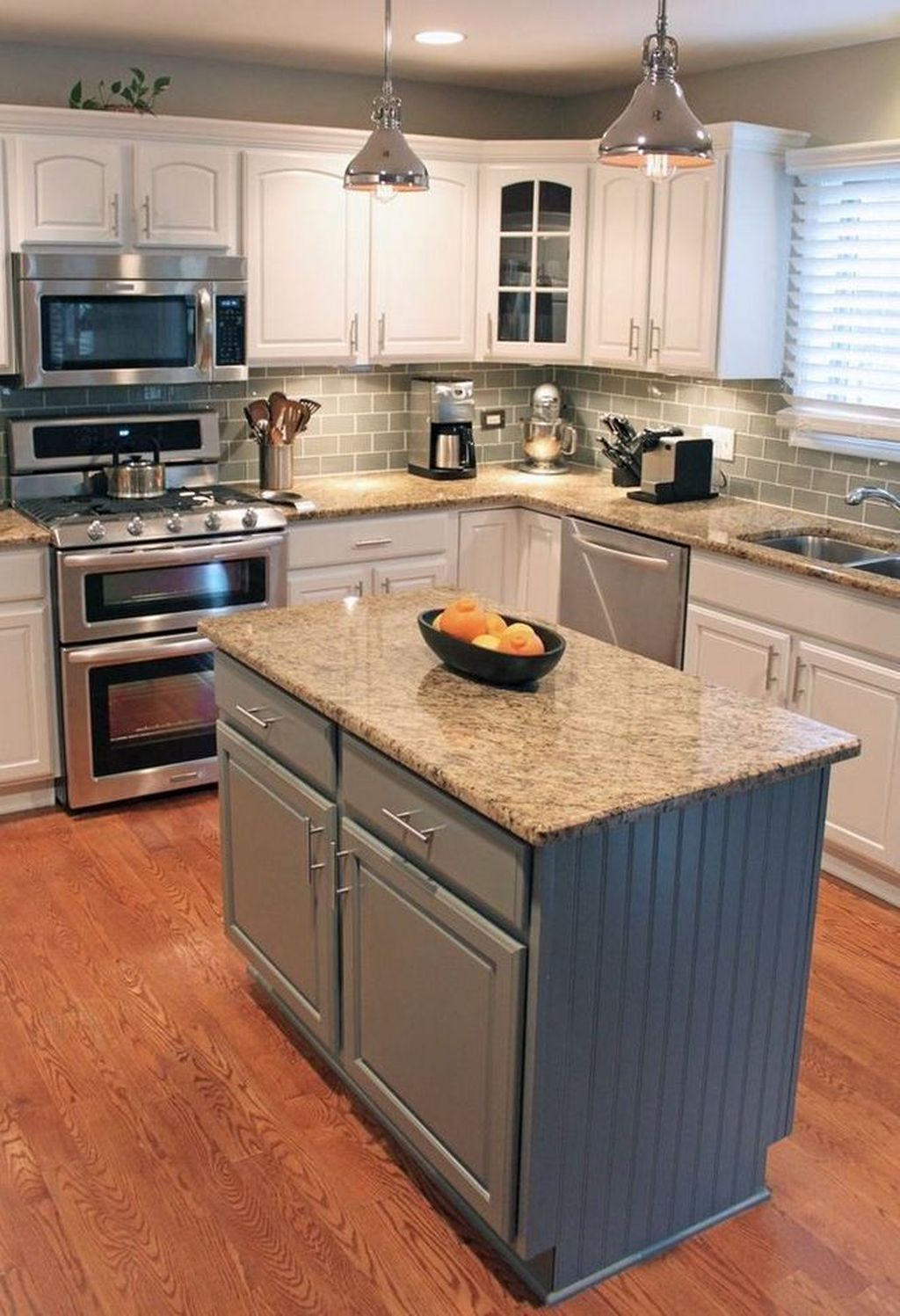 Brilliant Small Kitchen Remodel Design Ideas On A Budget 36