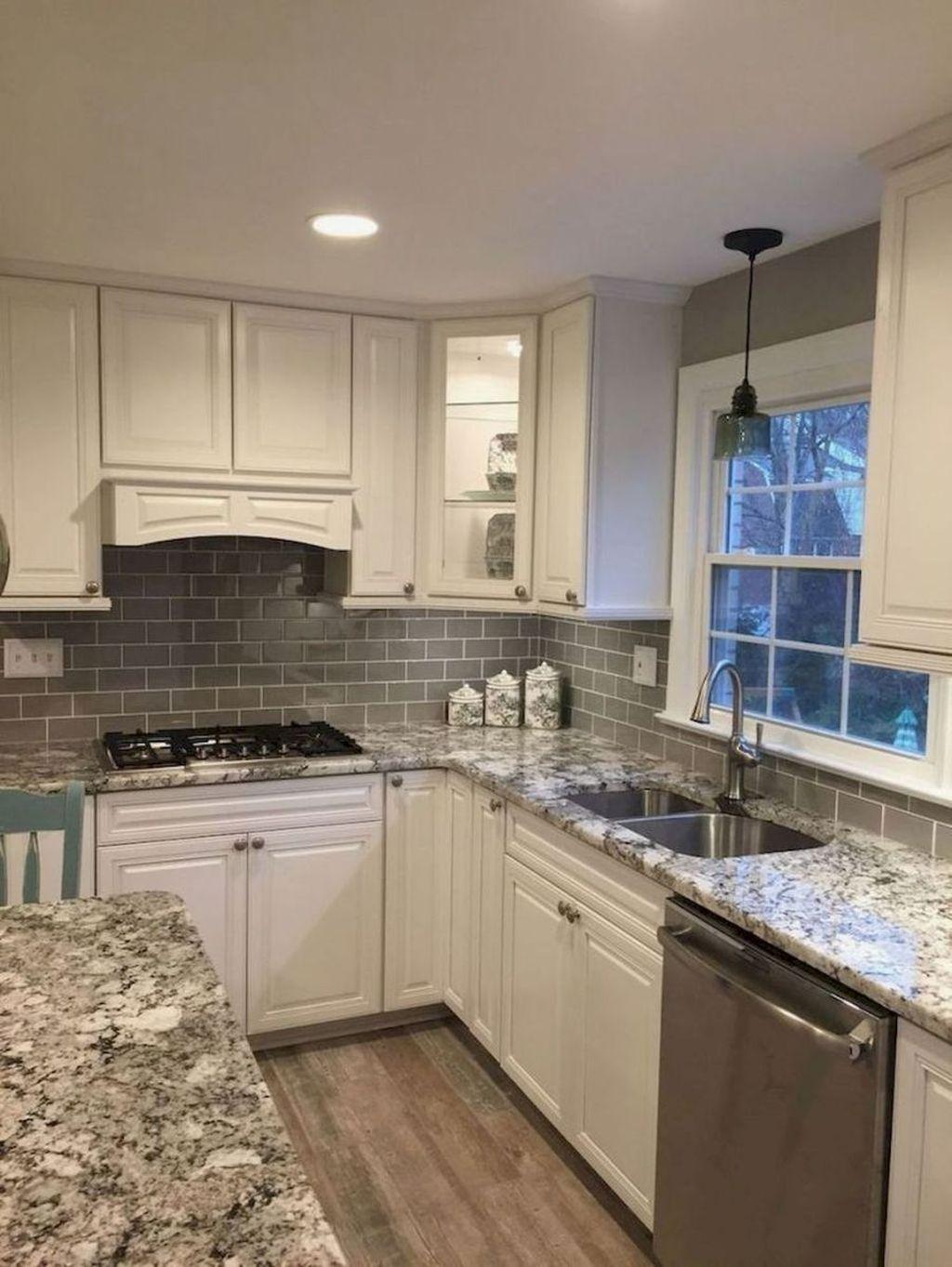 Brilliant Small Kitchen Remodel Design Ideas On A Budget 37