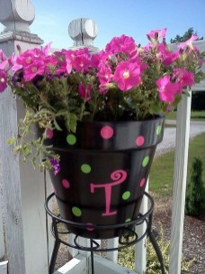 Dreamy Front Door Flower Pots Design Ideas To Increase Your Home Beauty 14