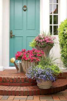 Dreamy Front Door Flower Pots Design Ideas To Increase Your Home Beauty 19
