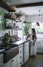 Excellent Small Kitchen Decor Ideas On A Budget 22