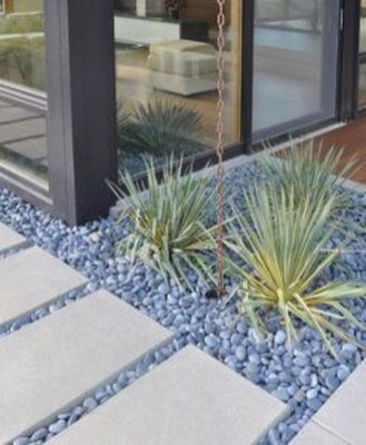 Favorite Garden Design Ideas That Are Suitable For Your Home 16