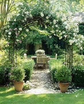 Favorite Garden Design Ideas That Are Suitable For Your Home 25