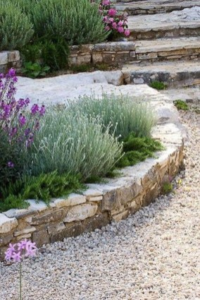 Favorite Garden Design Ideas That Are Suitable For Your Home 34