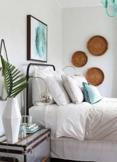 Gorgeous Beachy Farmhouse Bedroom Design Ideas For Cozy Sleep 05
