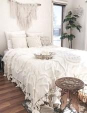 Gorgeous Beachy Farmhouse Bedroom Design Ideas For Cozy Sleep 23