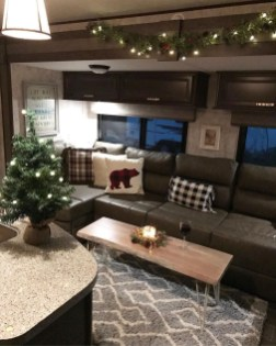 Lovely Caravans Design Ideas For Cozy Camping To Try 23