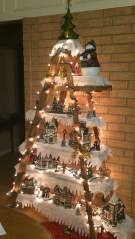 Marvelous Farmhouse Christmas Decor Ideas That You Must Try 08