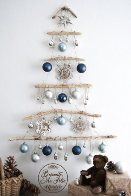 Marvelous Farmhouse Christmas Decor Ideas That You Must Try 27