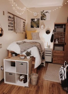 Perfect Dorm Room Organization Decor Ideas To Try Asap 13