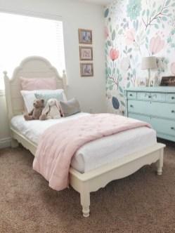 Relaxing Bedroom Wallpaper Decoration Ideas For Comfortable Bedroom 13
